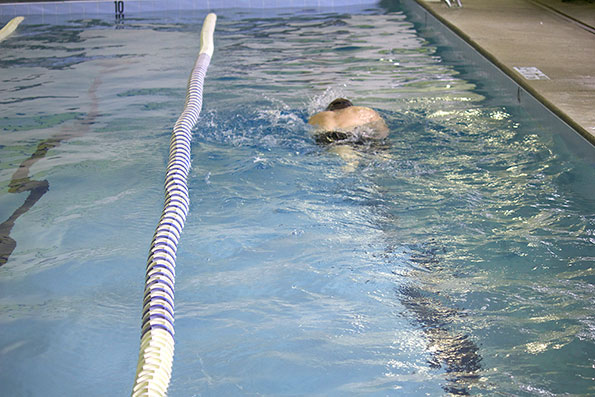 Swimming in Cold Water Serves to Lose More Weight?