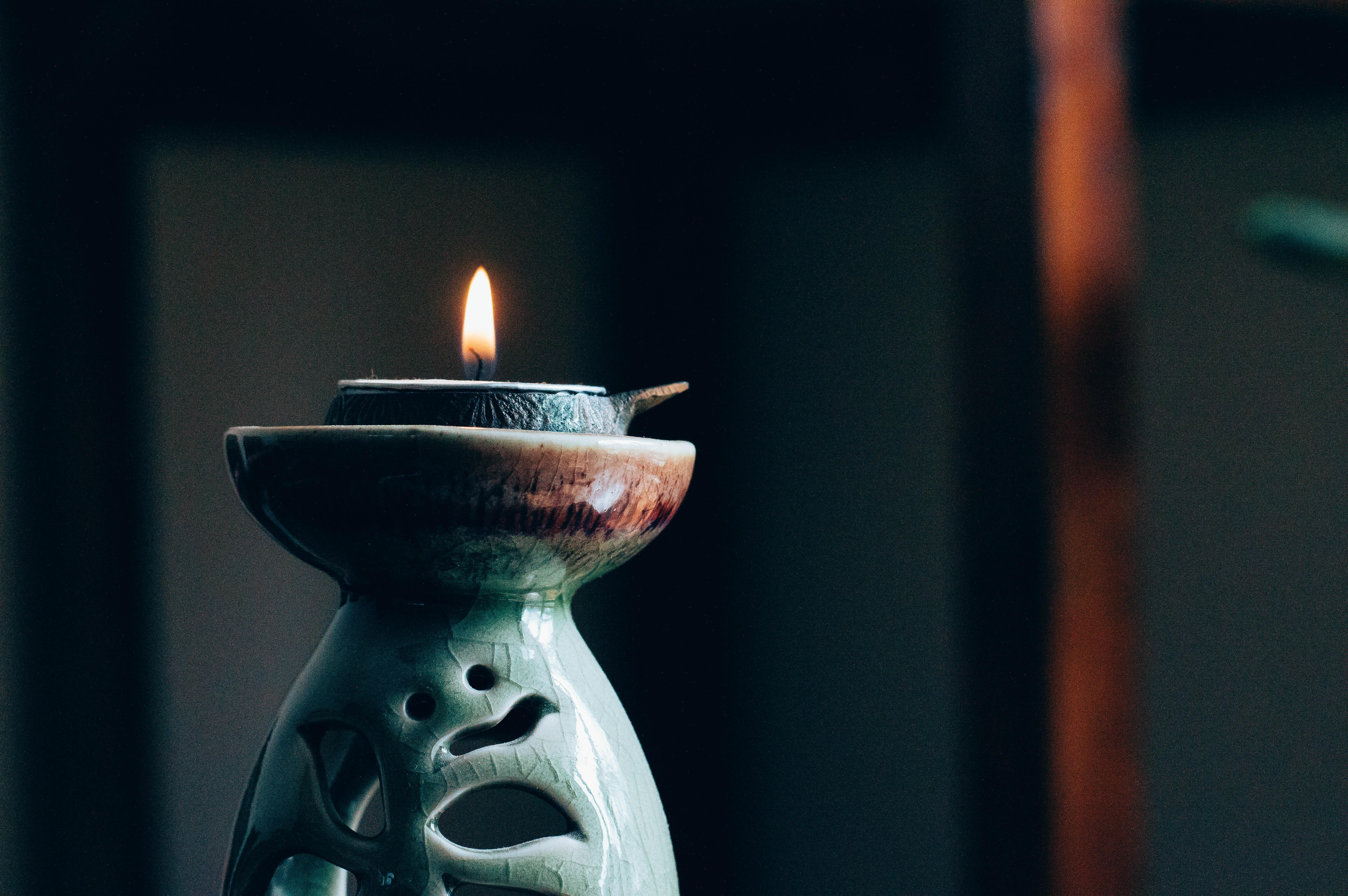 Candle - Image by Hans Vivek via Unsplash